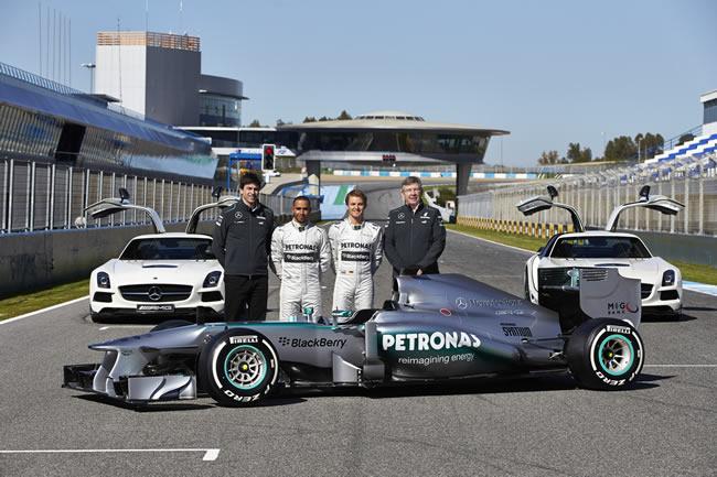 Mercedes AMG F1 W04 Presentacion-bcn
