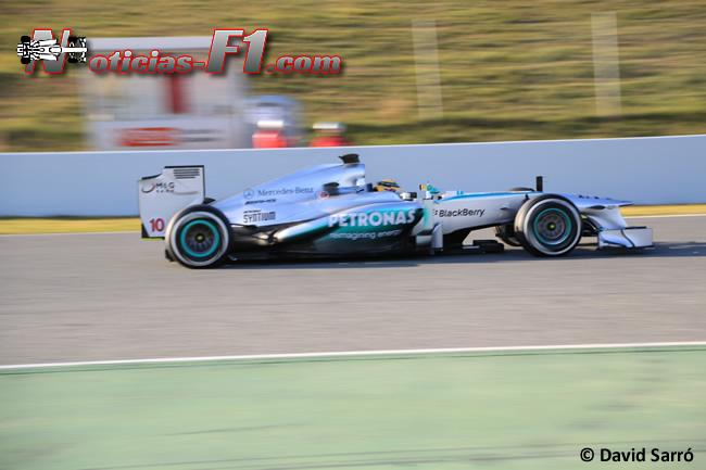 Lewis Hamilton Test BCN 2013 - Mercedes AMG. Imagen: David Sarró. www.noticias-f1.com