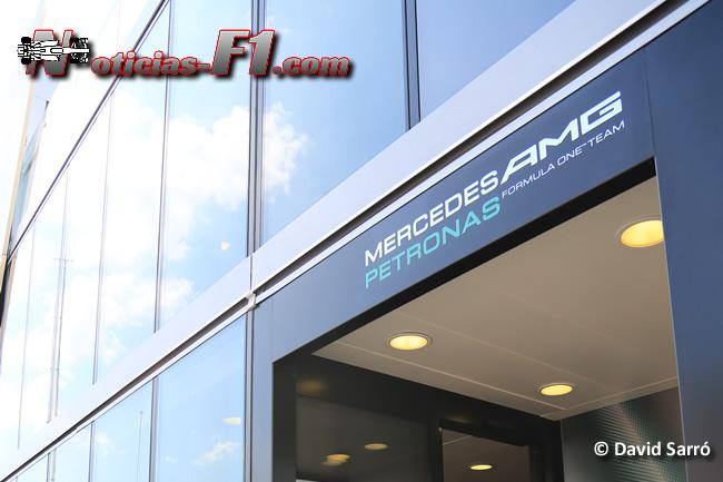Equipo Mercedes AMG - David Sarró - www.noticias-f1.com