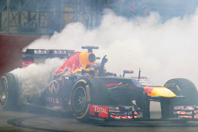 Sebastian Vettel - Donuts - Celebración Título - GP India