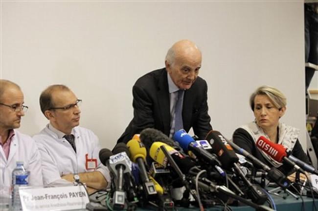 Rueda de Prensa - Hospital Grenoble - Estado Michael Schumacher - 31 Diciembre