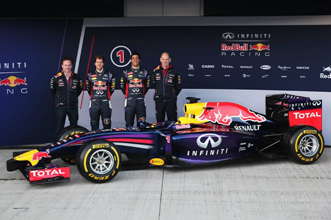 Presentación - Red Bull - RB10 - 4
