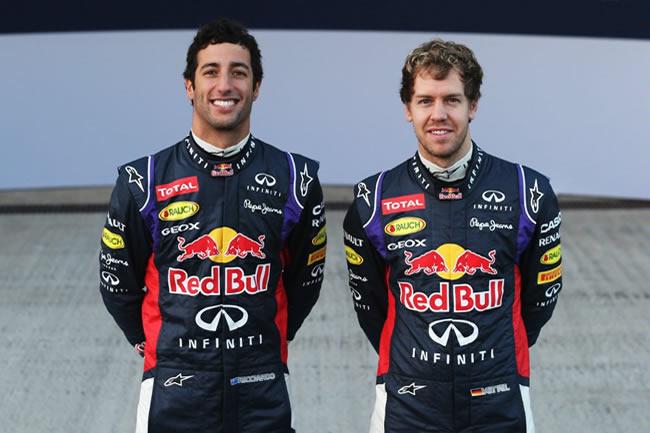 Presentación - Red Bull - RB10 - 5