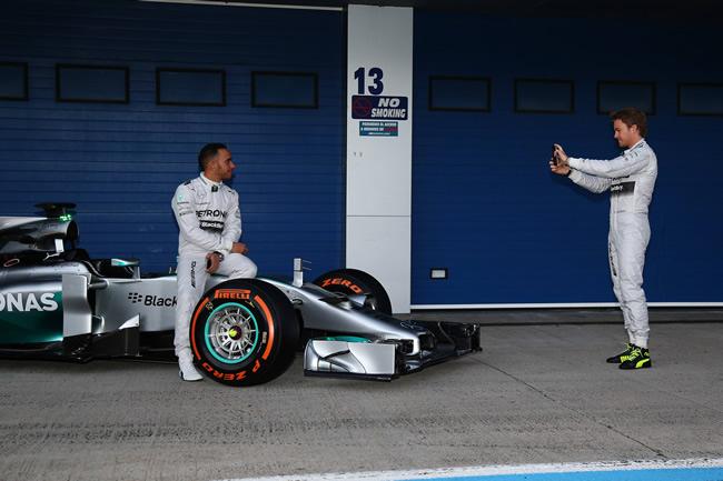 Presentación - Mercedes AMG F1 - W05 - 6
