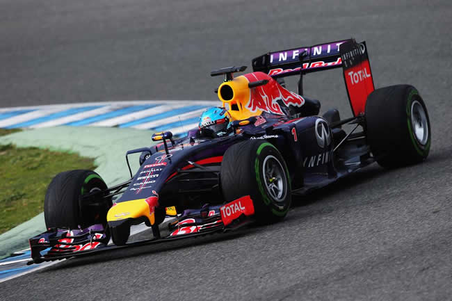 Red Bull - Sebastian Vettel - Test 2013