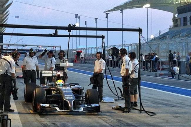 Esteban Gutiérrez - Sauber - Test Bahréin - 2014 - día 2 (6)