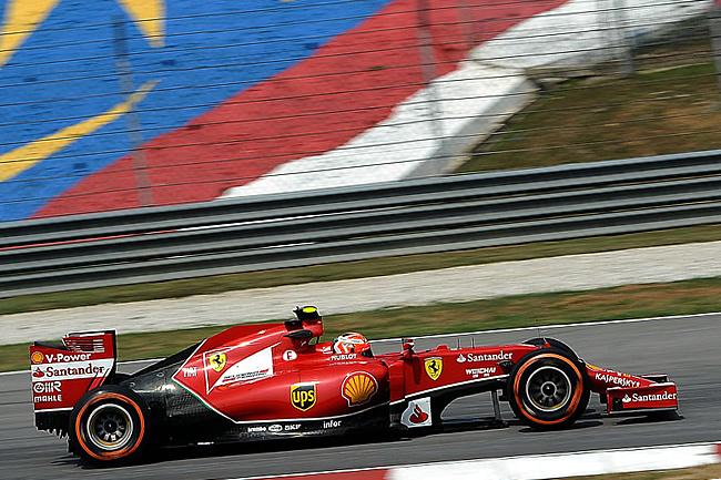 Kimi Raikkonen - Scuderia Ferrari - Gran Premio de Malasia- Sepang - 2014 - Viernes