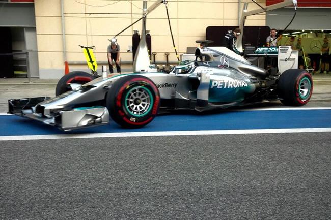 Nico Rosberg - Mercedes AMG F1 - Test Bahréin - 2014 - día 7 (3)