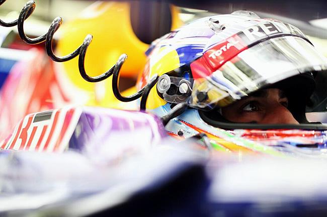 Daniel Ricciardo - Red Bull Racing - Gran Premio de Bahréin - Sakhir 2014 - Carrera