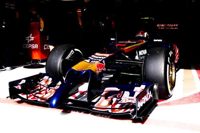 Daniil Kvyat - Toro Rosso - Test temporada 2014 - día 1