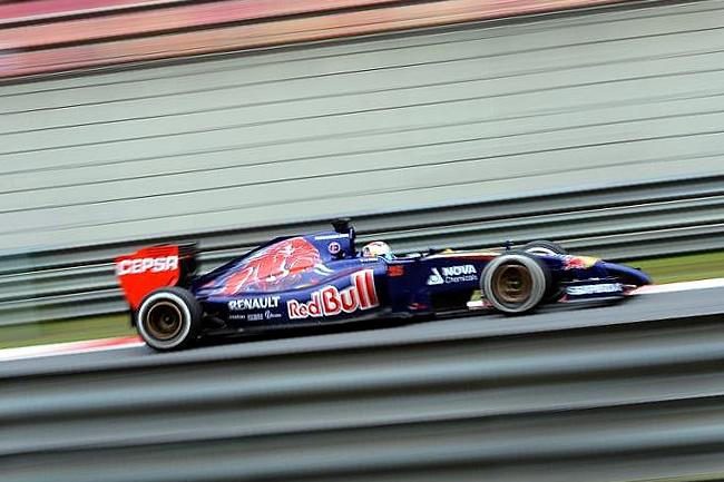 Jean-Eric Vergne - Toro Rosso - Gran Premio de China 2014 -Entrenamientos