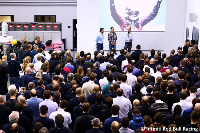 Evento despedida - Red Bull Racing - Sebastian Vettel - Base Equipo