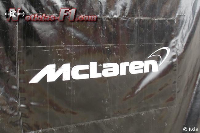 Logo Funda - Equipo - McLaren