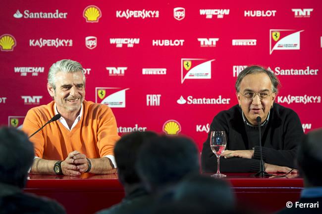 Rueda de Prensa - Navidad - 2014 - Scuderia Ferrari Sergio Marchionne presidente de Ferrari y Maurizio Arrivabene Director General