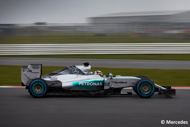 Mercedes W06 - Shakedown