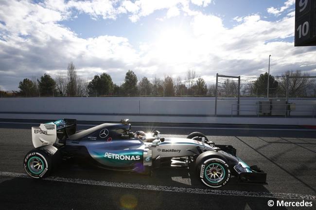 Lewis Hamilton - Mercedes - Día 1 - Test Barcelona 2 - Pretemporada 2015 - F1