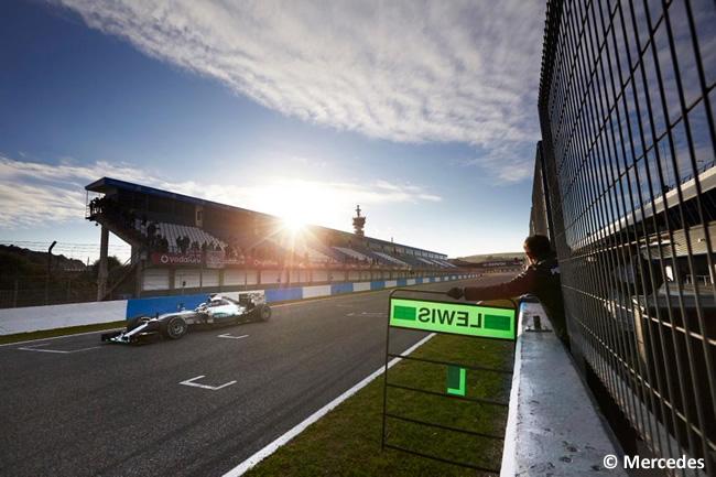 Mercedes AMG Petronas - Lewis Hamilton - F1 W06 - 2015 - Día 2 - Test Jerez