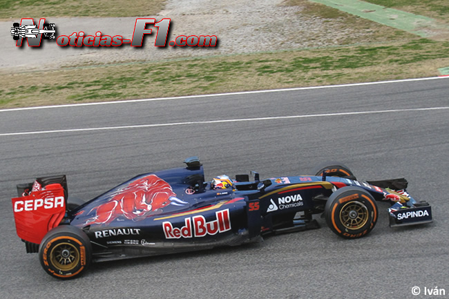 Carlos Sainz Jr - Scuderia Toro Rosso - 2015 - www.noticias-f1.com