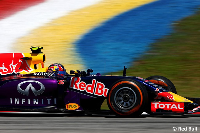 Daniil Kvyat - Red Bull Racing - 2015 - GP Malasia