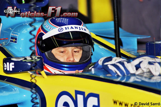 Jarno Trulli - David Sarró - 2003 - Renault F1 Team - www.noticias-f1.com