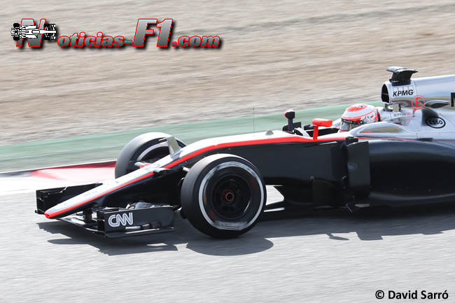 Jenson Button - McLaren - Honda - MP4-30 - 2015 - David Sarró  - www.noticias-f1.com