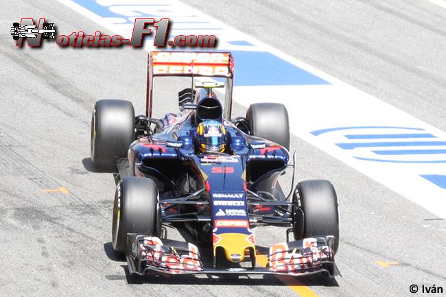 Carlos Sainz - Toro Rosso - 2015 - www.noticias-f1.com