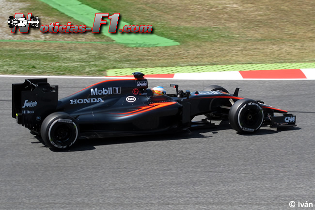 Fernando Alonso - McLaren - MP4-30 - www.noticias-f1.com