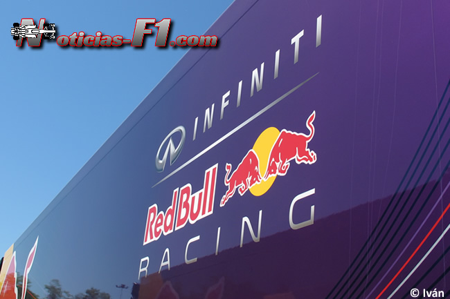 Red Bull Racing - Logo - 2015 - www.noticias-f1.com