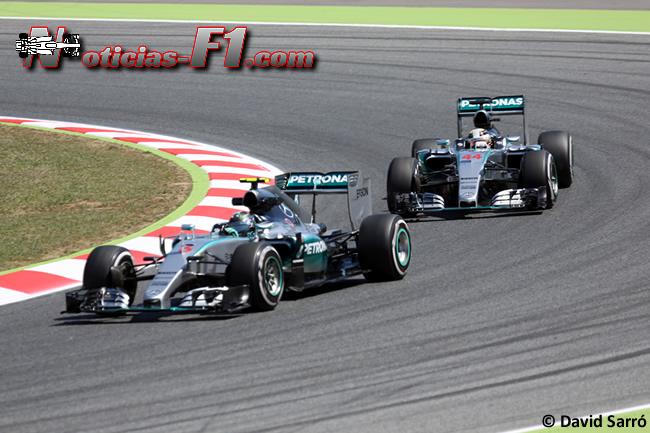 Nico Rosberg - Lewis Hamilton - Mercedes 2015 - David Sarró - www.noticias-f1.com