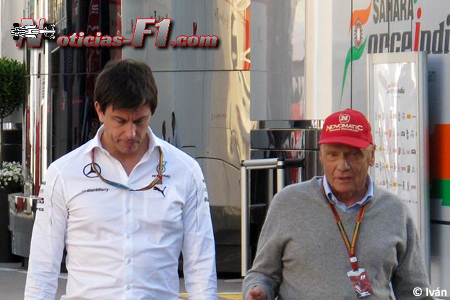 Toto Wolff - Niki Lauda - www.noticias-f1.com