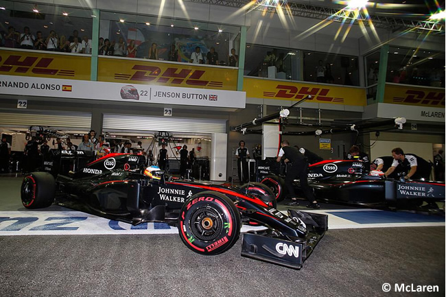 Fernando Alonso - Jenson Button - McLaren - Singapur 2015