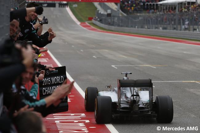 Lewis Hamilton - Mercedes AMG - Campeón del mundo 2015