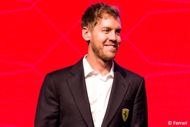 Sebastian Vettel - Scuderia Ferrari - Navidad 215