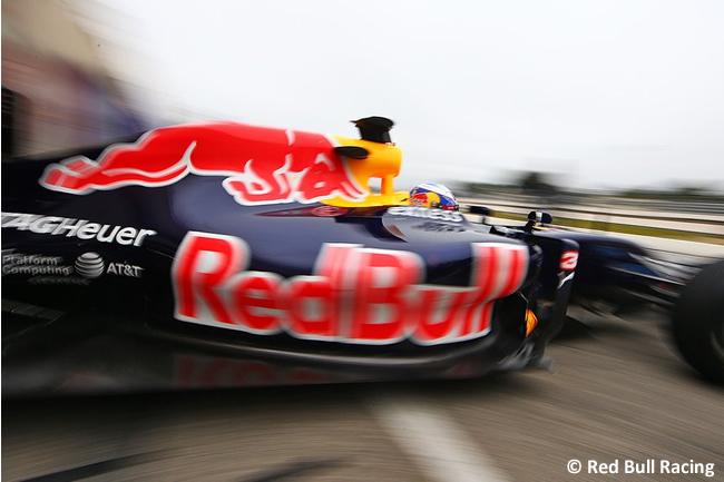 Daniel Ricciardo - Red Bull Racing - Test Pirelli 2016 - Paul Ricard