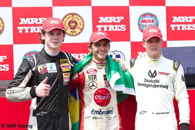 Podio MRF Challenge - Mick Schumacher - Fittipaldi - Newey