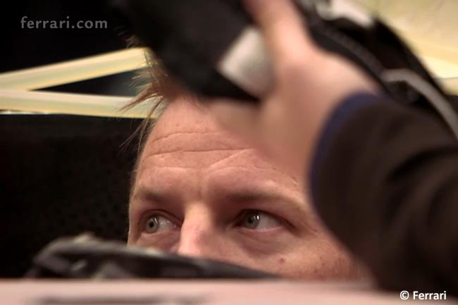 Kimi Raikkonen - Scuderia Ferrari - asiento - 2016