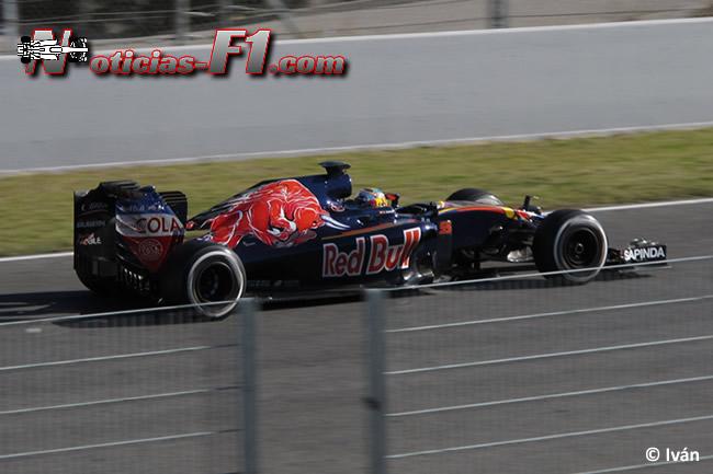 Carlos Sainz - Toro Rosso - STR11 - www.noticias-f1.com