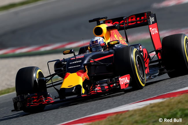 Daniel Ricciardo - Red Bull Racing - RB12