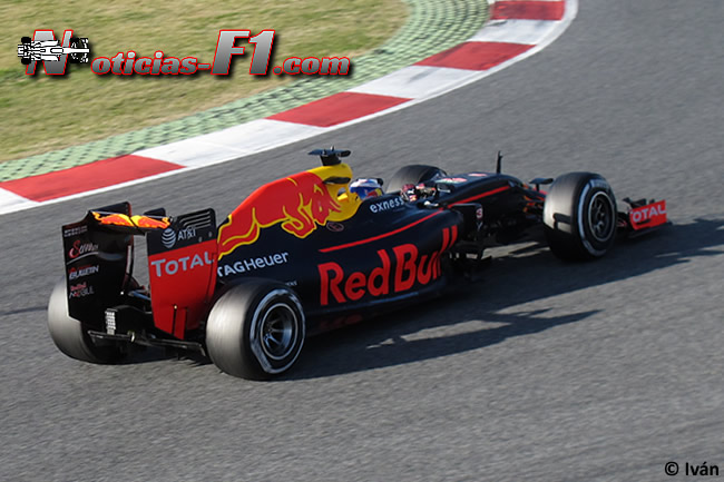 Daniel Ricciardo - Red Bull Racing - RB12 - www.noticias-f1.com