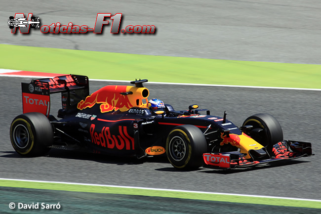 Daniel Ricciardo - Red Bull Racing - 2016 - www.noticias-f1.com - David Sarró