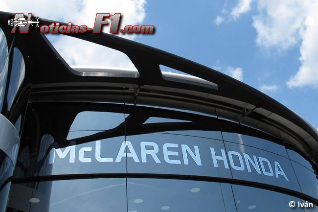 McLaren - Honda - Motorhome - Logo - www.noticias-f1.com