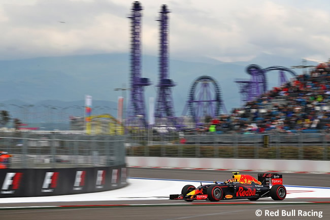 Red Bull Racing - GP Rusia 2016