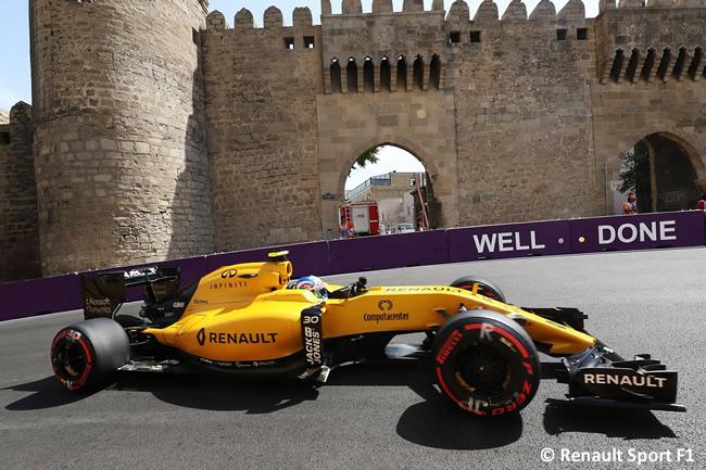 Renault - Calificación - GP Europa 2016 - Bakú