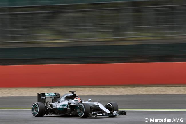 Esteban Ocon - Mercedes - Test Silverstone Día