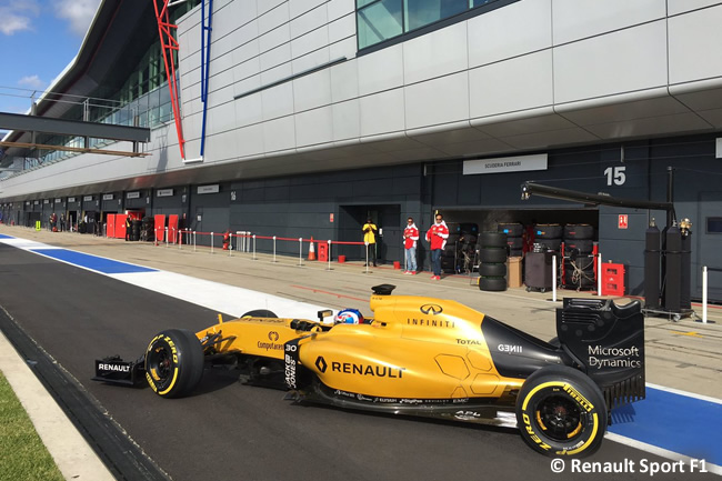 Jolyon Palmer - Renault - Test Silverstone 2016 - Día 2