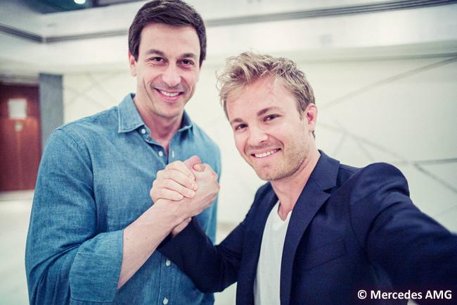 Nico Rosberg - Firma contrato - Toto Wolff - 2017 - 2018 - Mercedes AMG