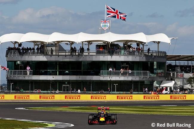 Red Bull Racing - Gran Premio de Gran Bretaña 2016 - Entrenamientos