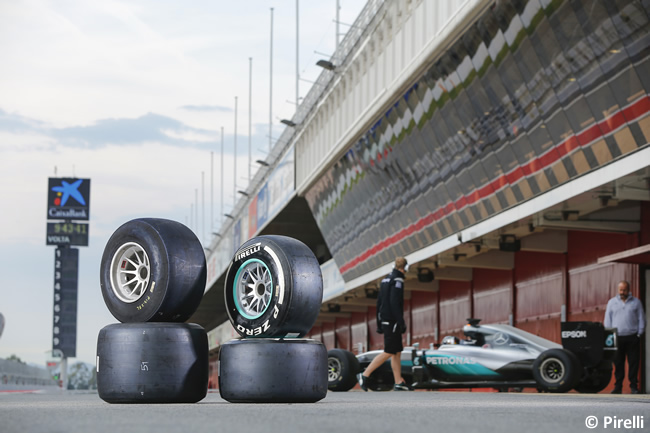 Pirelli - Nico Rosberg - Mercedes - Test desarrollo neumáticos 2017 - Barcelona