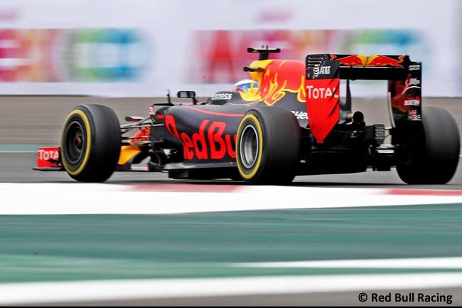 Daniel Ricciardo - Red Bull Racing - GP México 2016 - Viernes