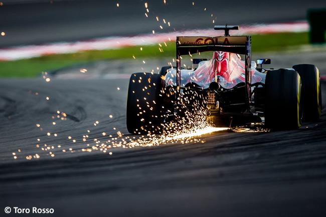 Toro Rosso -Carrera GP Malasia 2016
